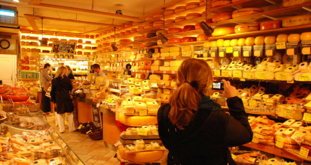 Magazin de branzeturi din Olanda