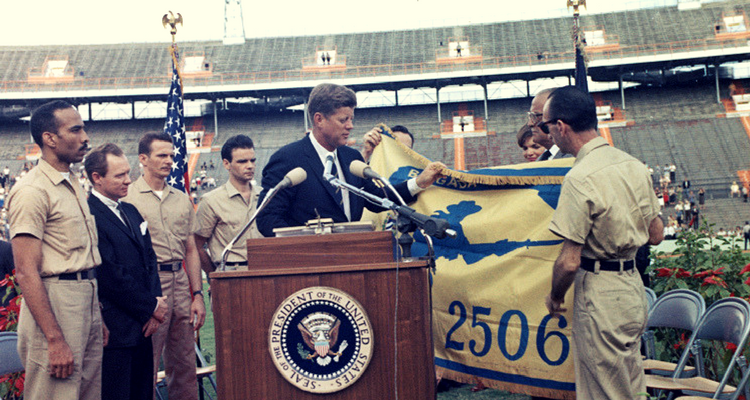 JFK și Brigada de Asalto 2506