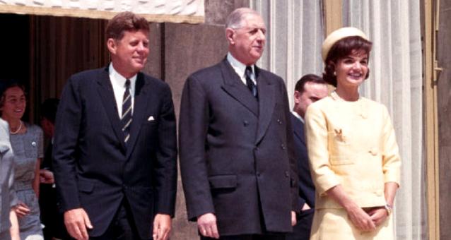 Familia Kennedy alături de Charles de Gaulle