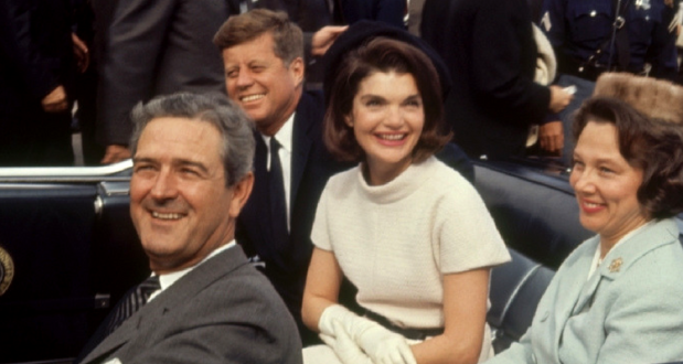 John si Jackie Kennedy - John si Nellie Connally
