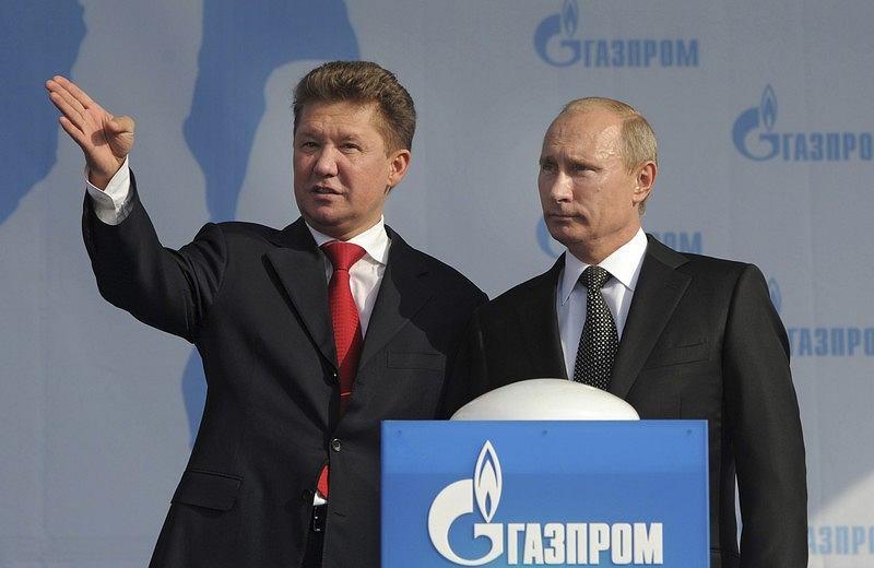 reședintele Alexey Miller și Președintele Rusiei Vladimir Putin