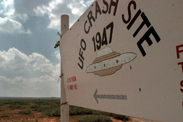 Locul prăbușirii este azi semnalizat printr-un panou - Roswell, New Mexico