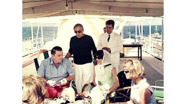 1963 - Jackie Kennedy la bordul Christina O in compania lui Aristotel Onassis