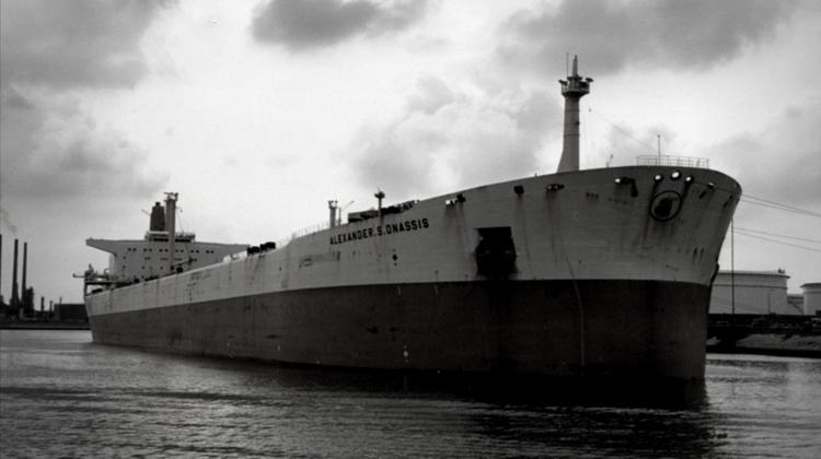 Petrolierul ALEXANDER S. ONASSIS