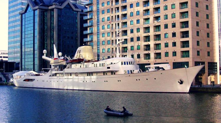 Yacht-ul CHRISTINA O - Canary Wharf, Londra